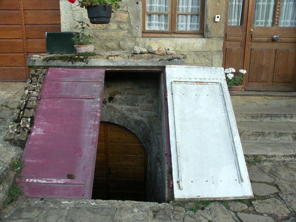 Caue franche comt - Construire cave enterree ...
