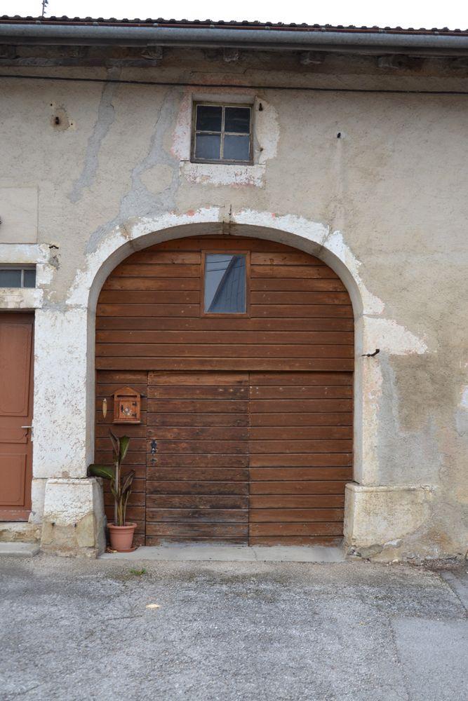 Caue franche comt for Porte de grange bois